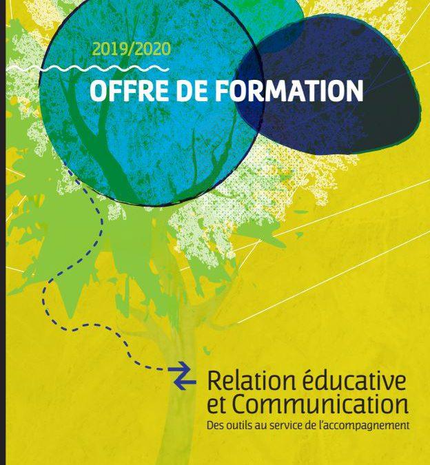 Se former : Des outils de communication au service de la relation éducative